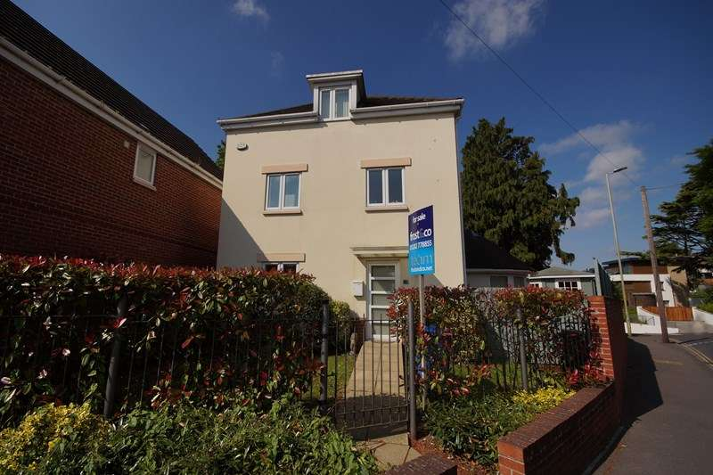 3 Bedrooms Detached House for sale in Kingsbridge Road, Lower Parkstone, Poole