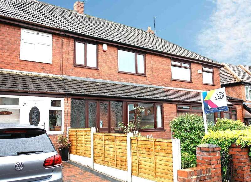 3 Bedrooms Town House for sale in 8 Ashdene Close, Chadderton