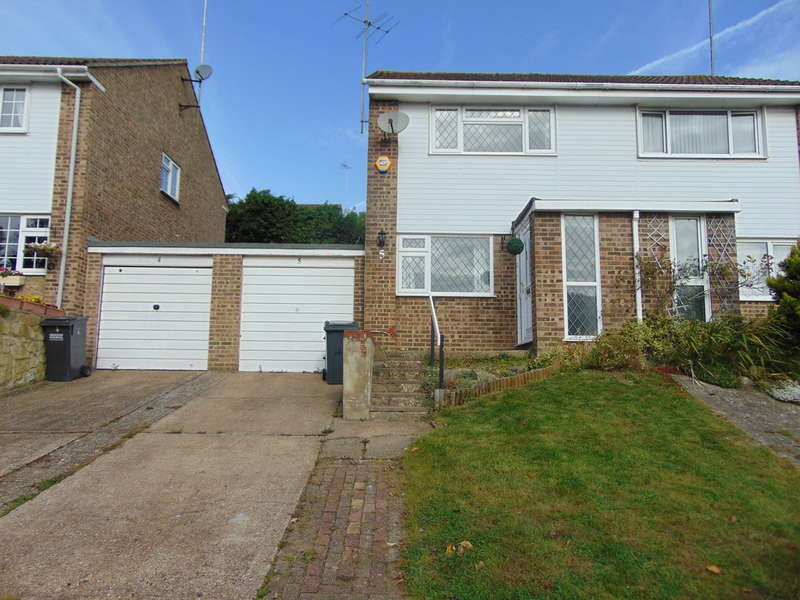 2 Bedrooms Semi Detached House for sale in Lapwing Close, South Croydon, CR2 8TD