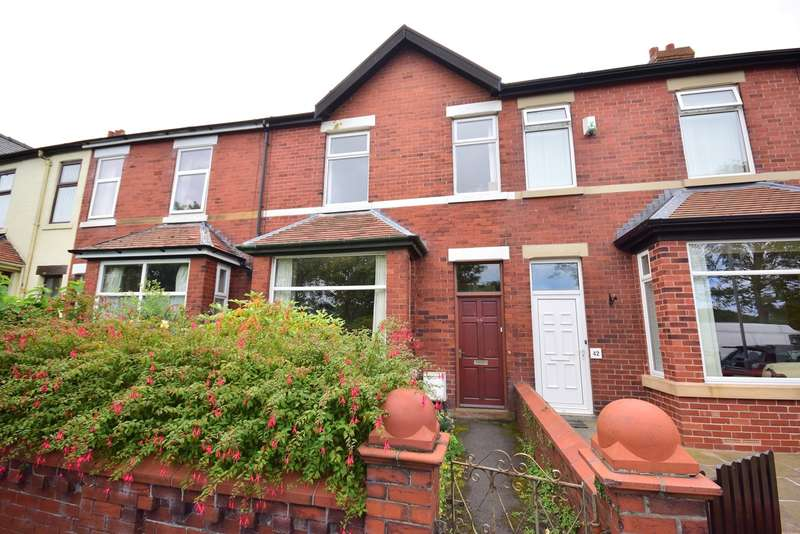 3 Bedrooms Terraced House for sale in Albert Road, Lytham St Annes, FY8