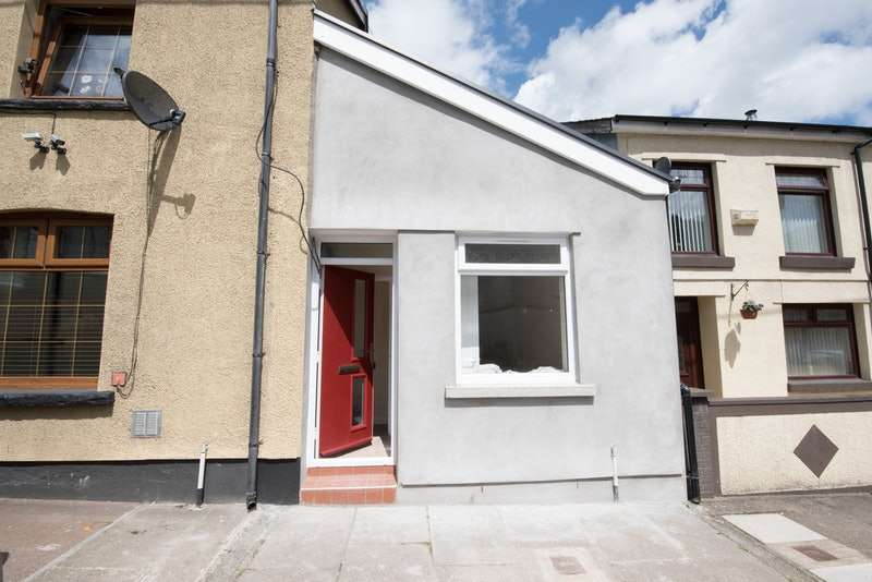 1 Bedroom Maisonette Flat for sale in Abercynon Rd, Abercynon, Glamorgan, CF45