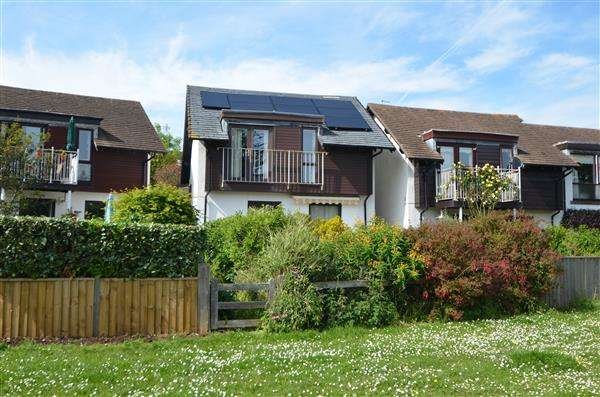 2 Bedrooms Detached House for sale in Clovelly Rise, Dawlish