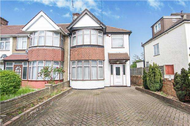 3 Bedrooms End Of Terrace House for sale in Princes Avenue, KINGSBURY, NW9 9QU