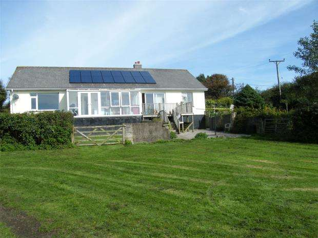 4 Bedrooms Detached Bungalow for sale in Wheal Vor, Breage, Helston, Cornwall