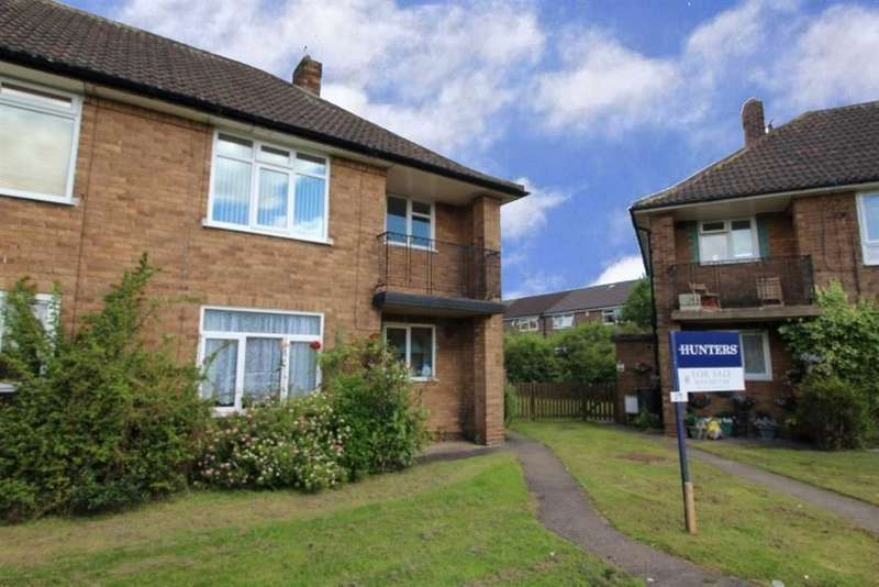 1 Bedroom Flat for sale in Old Farm Garth, West Park, LS16