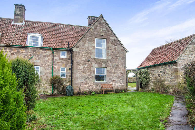 3 Bedrooms Semi Detached House for sale in Doxford, Chathill, NE67