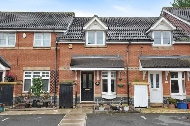 2 Bedrooms Terraced House for sale in Garrison Close, Hounslow, TW4