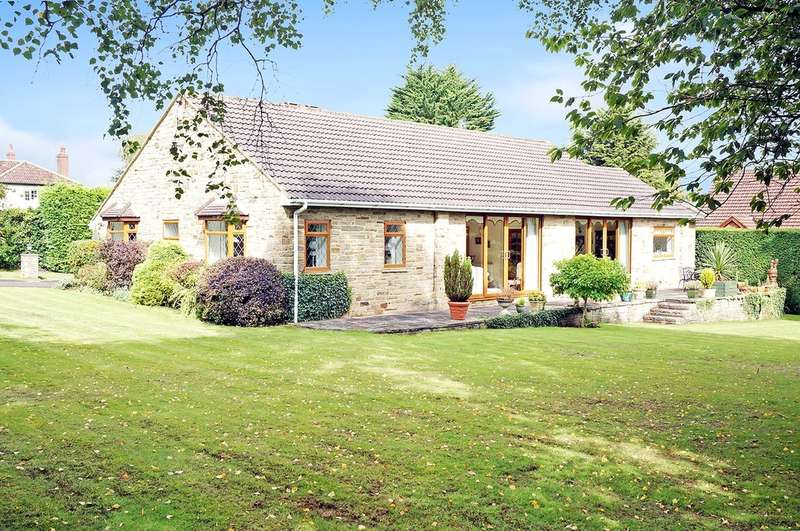 4 Bedrooms Detached Bungalow for sale in Trip Garth, Linton, Wetherby, LS22 4HY