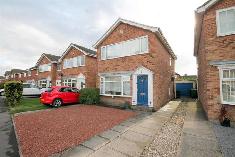 3 Bedrooms Detached House for sale in Troutsdale Avenue, York, YO30 5TR