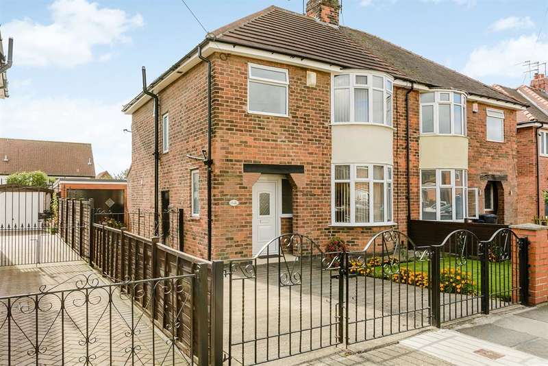 3 Bedrooms Semi Detached House for sale in Lumley Road, York, YO30 6DB