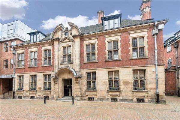 2 Bedrooms Apartment Flat for sale in Martin Street Development, Stafford