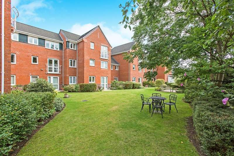 2 Bedrooms Flat for sale in Parkway, Holmes Chapel, Crewe, CW4