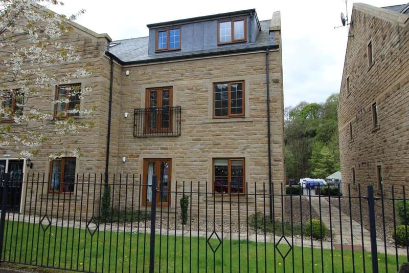 2 Bedrooms Flat for sale in Spring Grove, Hebden Bridge, HX7