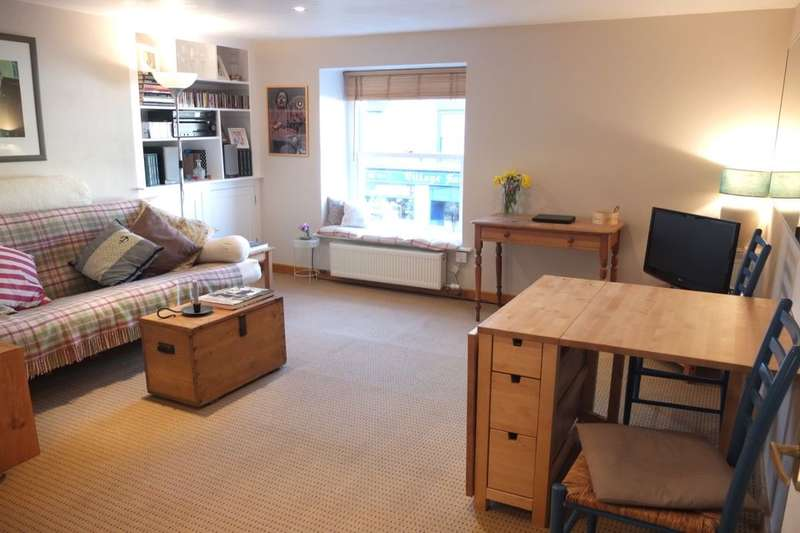 1 Bedroom Flat for sale in Market Street, New Mills, High Peak, SK22