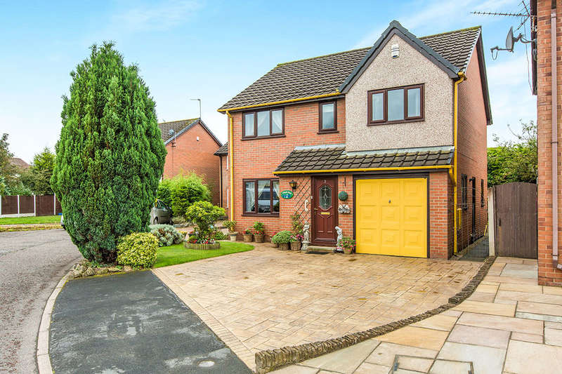 4 Bedrooms Detached House for sale in Maplebank, Lea, Preston, PR2