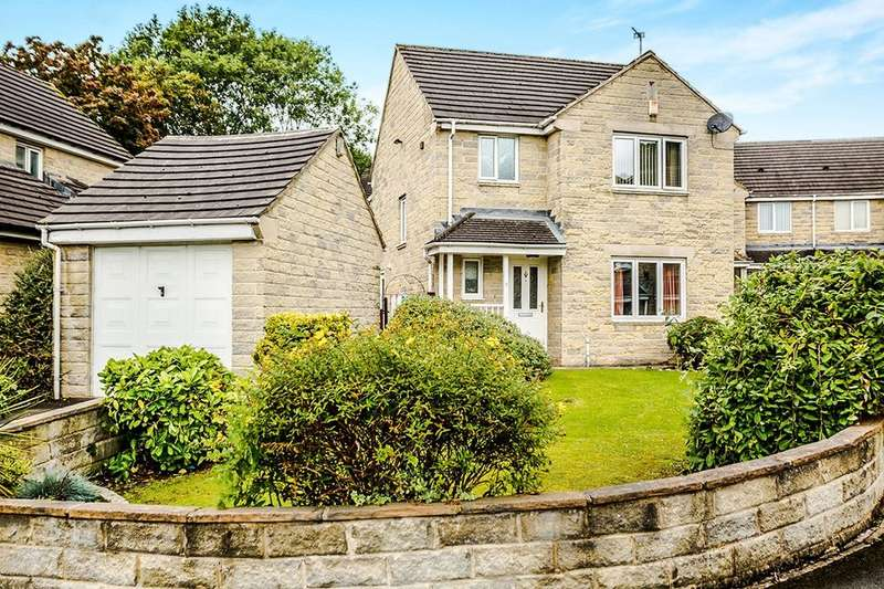 3 Bedrooms Detached House for sale in Middlemost Close, Birkby, Huddersfield, HD2