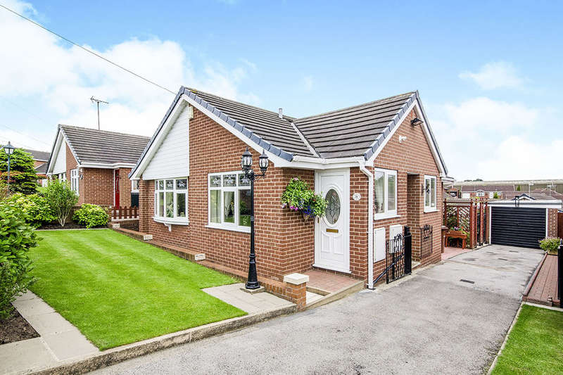3 Bedrooms Detached Bungalow for sale in Bexhill Close, Pontefract, WF8