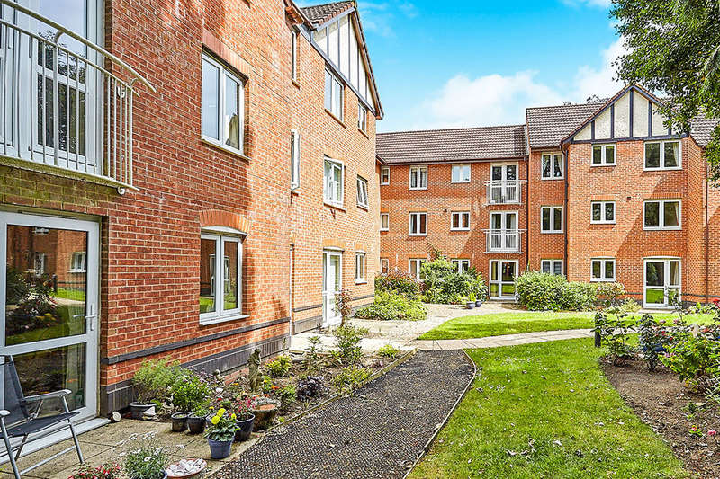 1 Bedroom Flat for sale in Ella Court, Kirk Ella, Hull, HU10