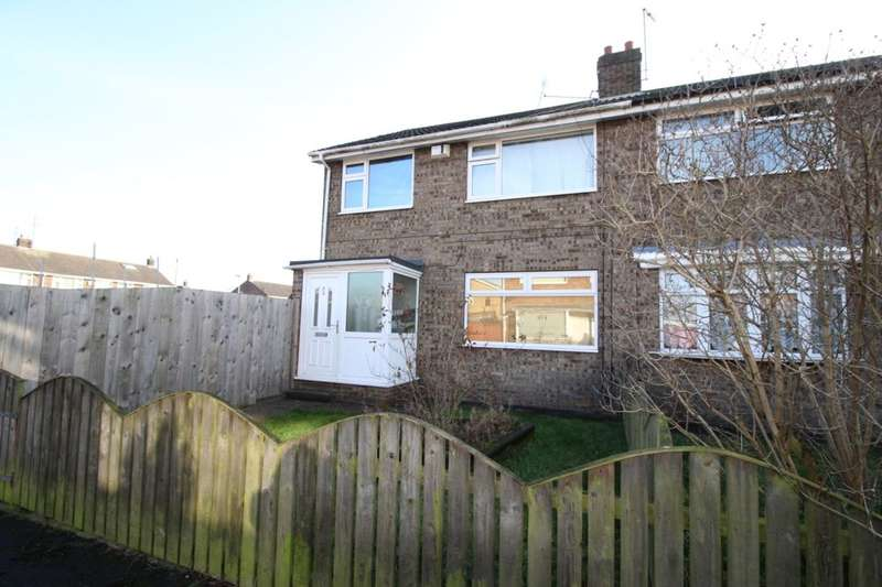 3 Bedrooms Semi Detached House for sale in Coverdale, Hull, HU7