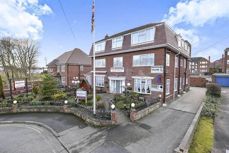 12 Bedrooms Detached House for sale in Burniston Road, Scarborough, YO12