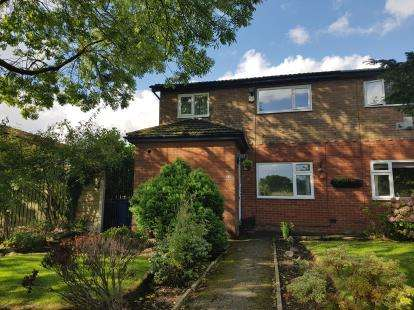 House for sale in Bow Lane, Bowdon, Altrincham, Greater Manchester