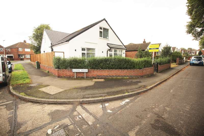 5 Bedrooms Bungalow for sale in Humberstone Lane, Leicester, LE4