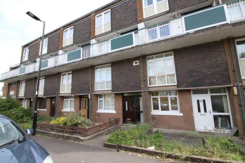 2 Bedrooms Flat for sale in Batemoor Road, Sheffield, S8