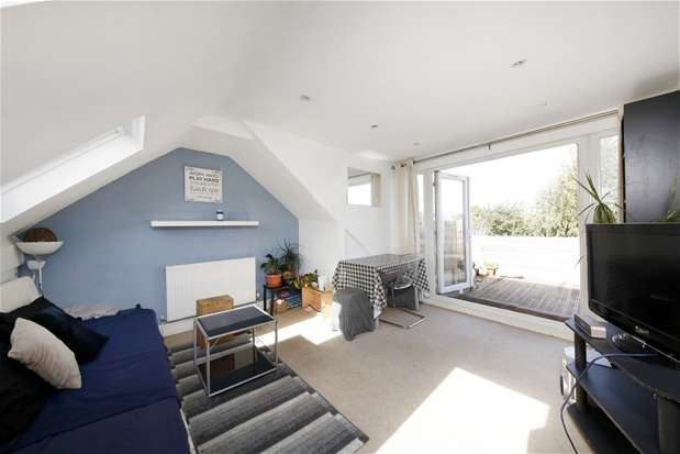2 Bedrooms Maisonette Flat for sale in Carson Road, Dulwich