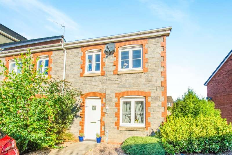 3 Bedrooms Semi Detached House for sale in Heol Gruffydd, Pontypridd