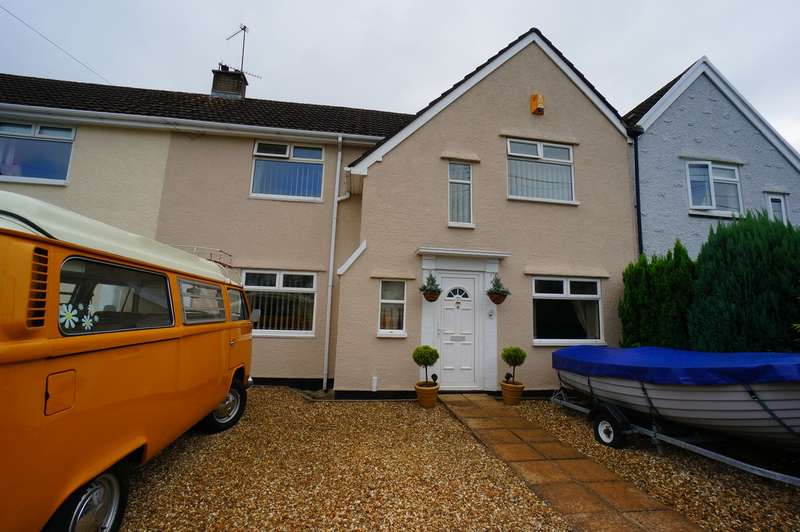 4 Bedrooms Terraced House for sale in The Uplands, Rogerstone, Newport, NP10