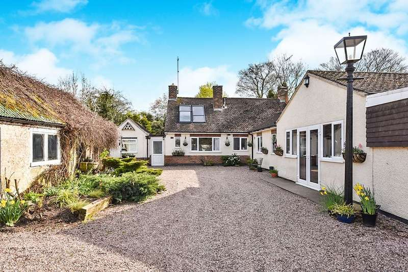 4 Bedrooms Detached Bungalow for sale in Smithymoor,Stretton, Alfreton, DE55