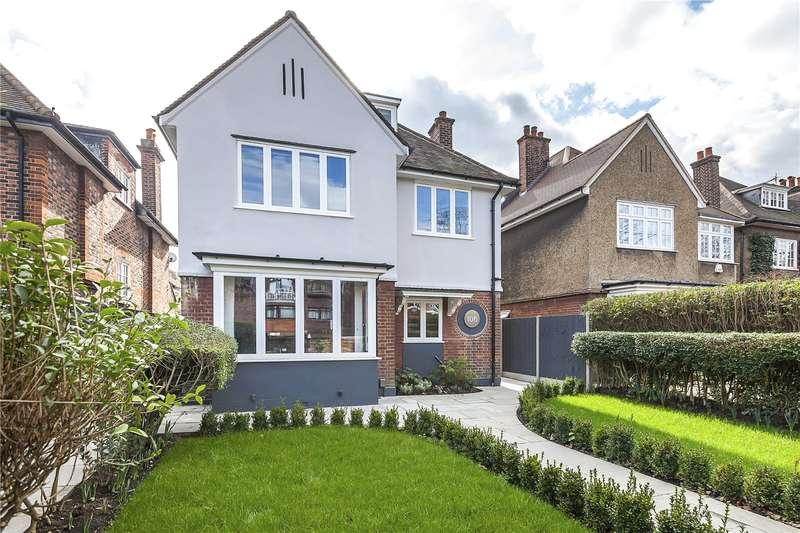 Flat for sale in Westcombe Park Road, London, SE3