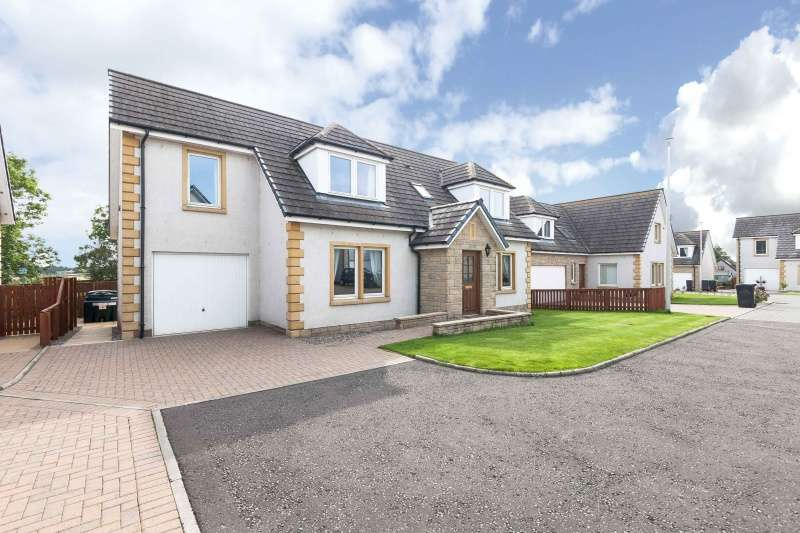 5 Bedrooms Detached House for sale in The Beeches, Gordon, Borders, TD3 6JQ