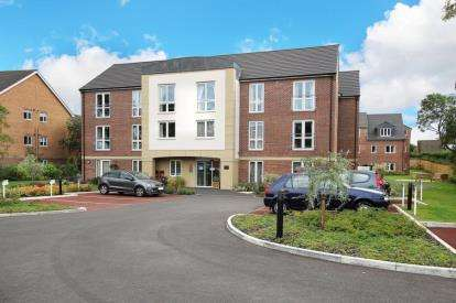 2 Bedrooms Flat for sale in Companions Court, Companions Close, Rotherham, South Yorkshire