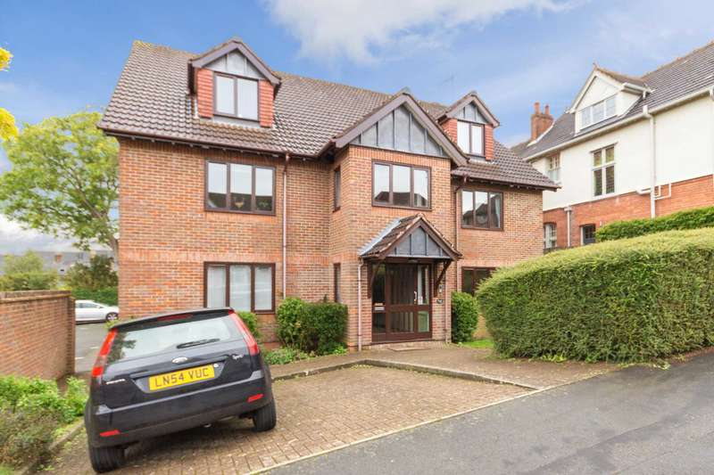 2 Bedrooms Apartment Flat for sale in Park View Road, Berkhamsted