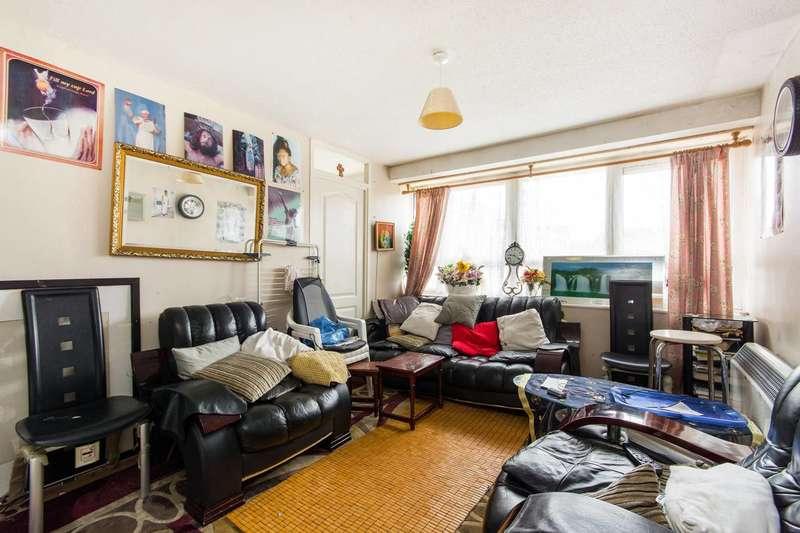 2 Bedrooms Flat for sale in Bullen Street, Battersea Square, SW11