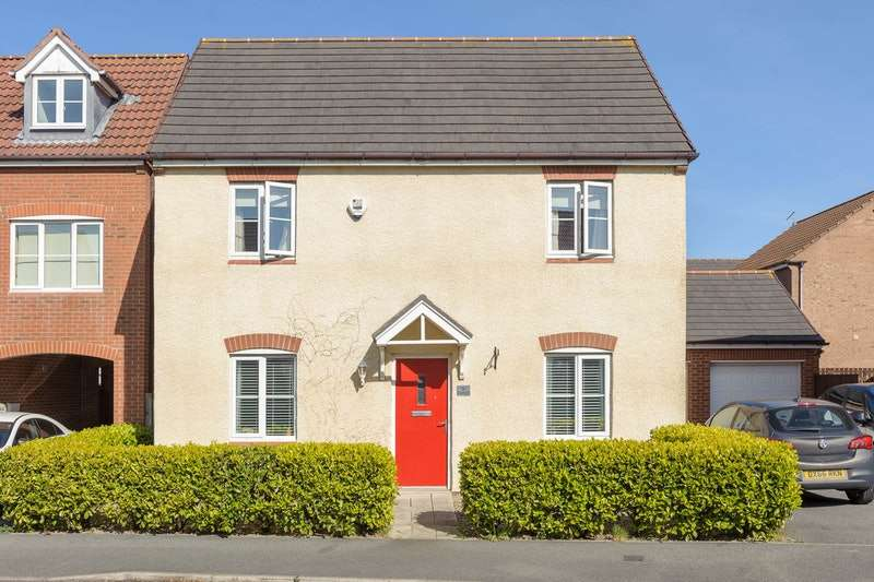 3 Bedrooms Detached House for sale in Cloverfield, Newcastle upon Tyne, Tyne and Wear, NE27