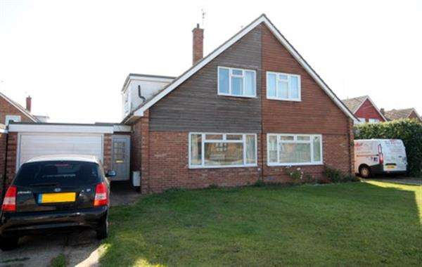 3 Bedrooms House for sale in Thorpe Road, Great Clacton