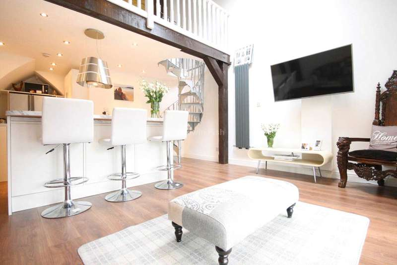 2 Bedrooms Apartment Flat for sale in St. Georges Church, Arundal Street, Castlefield