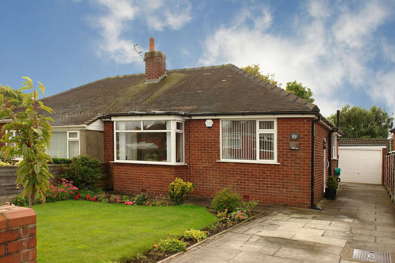 2 Bedrooms Semi Detached Bungalow for sale in 23 Avon Road, Chadderton