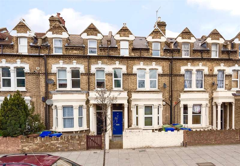 2 Bedrooms Flat for sale in Southampton Way, London, SE5 7EJ