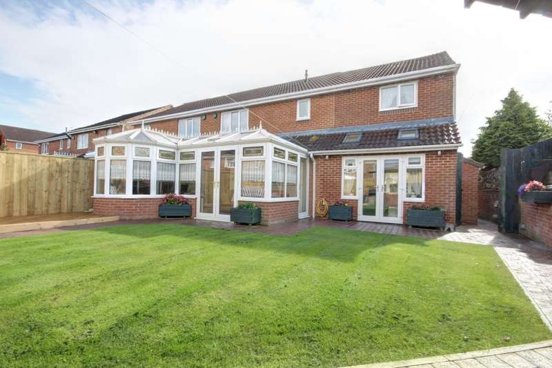 4 Bedrooms Semi Detached House for sale in Dainton Close, Houghton Le Spring, DH4