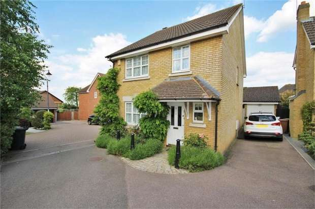 4 Bedrooms Detached House for sale in Southerton Way, Shenley, Radlett, Hertfordshire