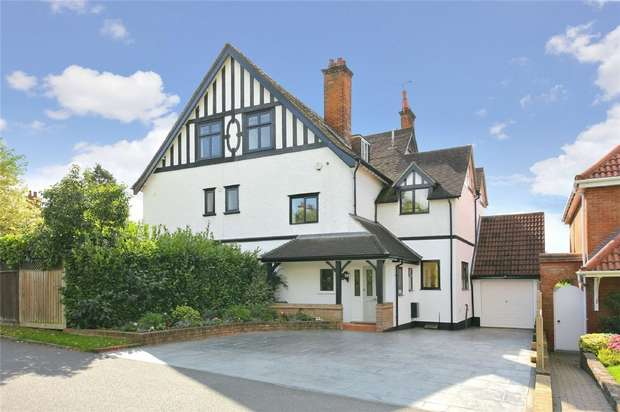 4 Bedrooms Semi Detached House for sale in Aldenham Grove, Radlett, Herts