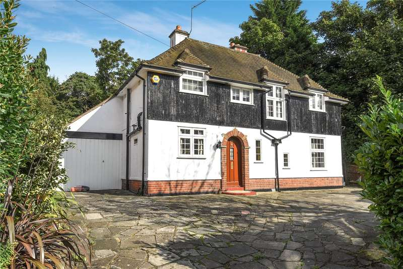 4 Bedrooms Detached House for sale in Elstree Road, Bushey, Hertfordshire, WD23