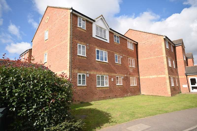 1 Bedroom Apartment Flat for sale in Redford Close, Feltham, London, TW13