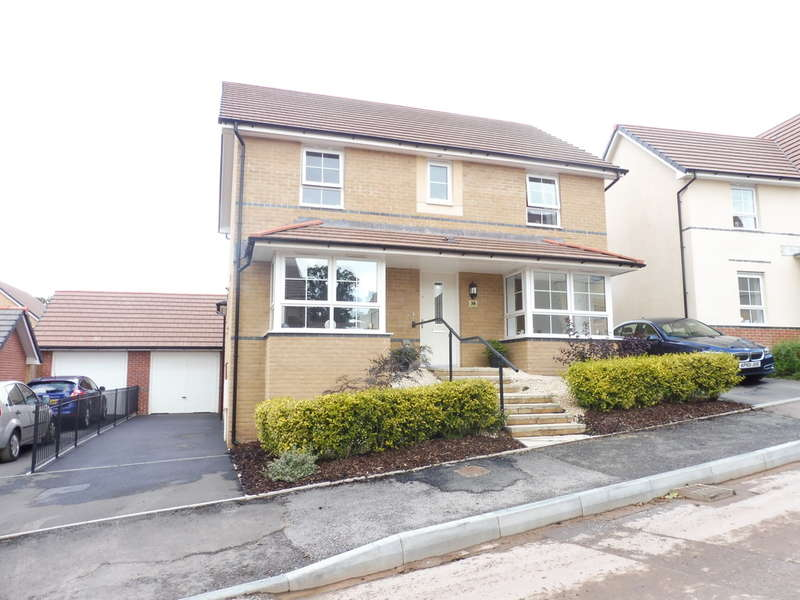 4 Bedrooms Detached House for sale in John Jobbins Way, Penygarn, Pontypool