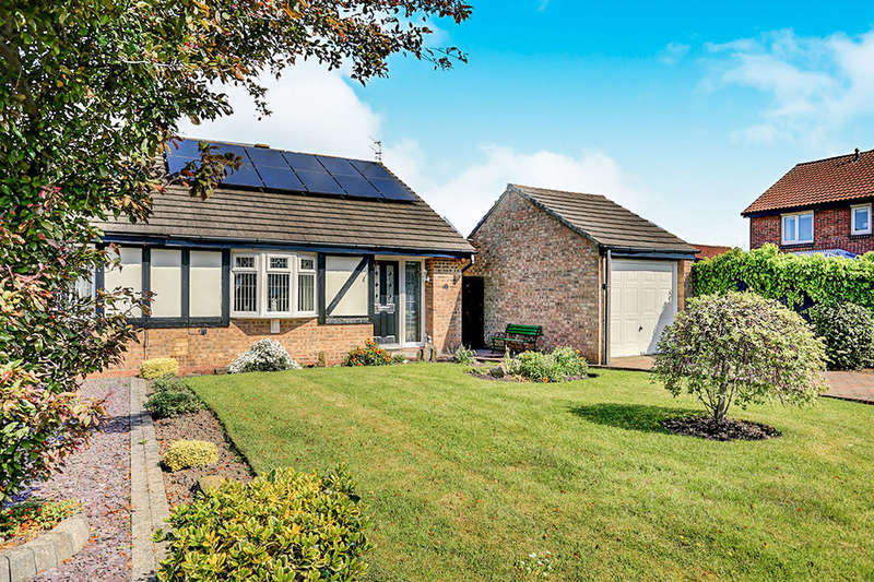 2 Bedrooms Semi Detached Bungalow for sale in The Pastures, Blyth, NE24