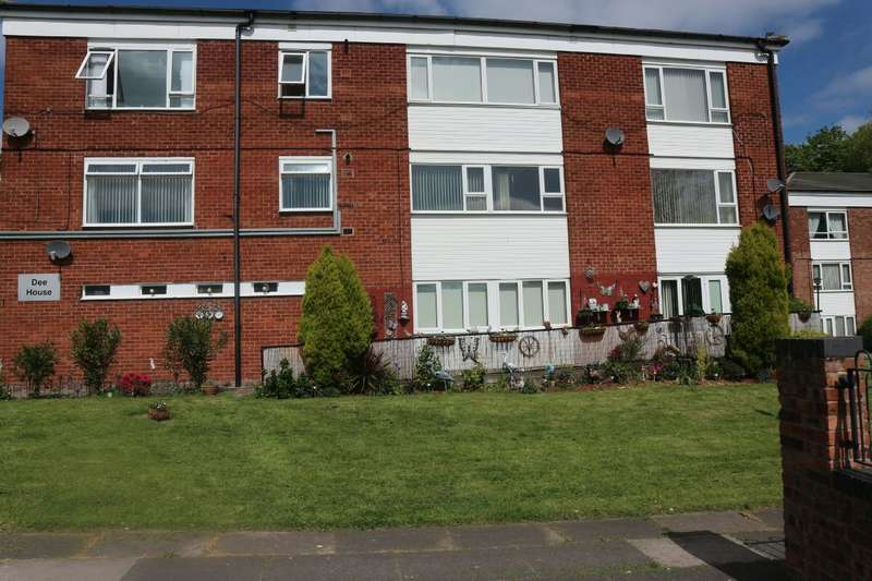 2 Bedrooms Apartment Flat for sale in Dee House, Ribble Road, Liverpool, L25