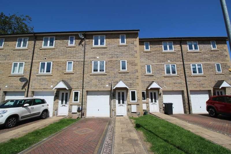 4 Bedrooms Terraced House for sale in Beech Tree Mews, Batley, WF17